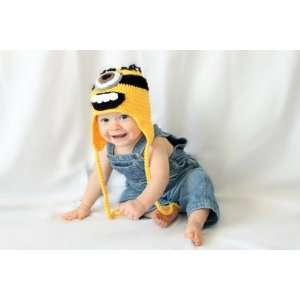baby Despicable Me Minion hat with earflaps   Size large fits 1 3 year