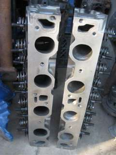 429 Ford D2OE AB Police Interceptor heads, 87.4 to 90.4 CC combustion
