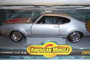 Oldsmobile 442, W 30. Die Cast Car. 118 scale Ertl American Muscle