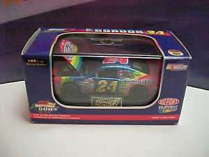 JEFF GORDON 1999 DAYTONA 500 WINNER 1/64 DOUGHNUT CAR