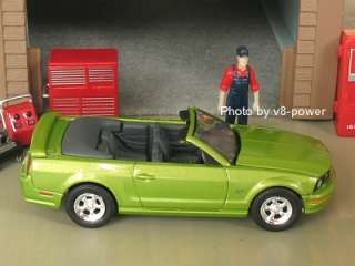 2006 FORD MUSTANG GT CONV in Legend Lime, 164 Diecast