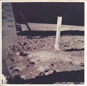 VINTAGE NASA PHOTO APOLLO 11 WIND EXPERIMENT ON MOON  A KODAK PAPER