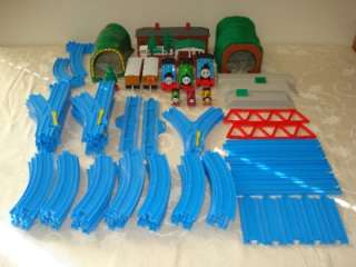 Thomas the Tank Train Set Tomy Blue Track Tunnels