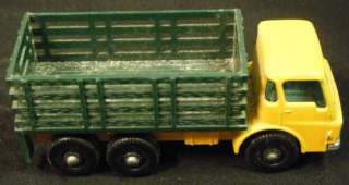 STAKE TRUCK #4, Lesney Matchbox 1966   England Made Vintage Die Cast