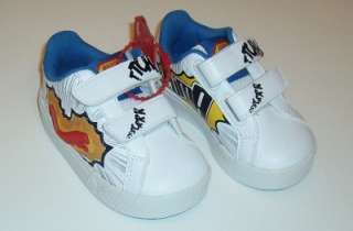 Toddler baby boys Puma light up shoes size 5, New with box