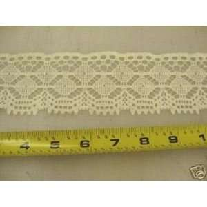 : Lace Edge Trim 2 3/4 In Bone Abstract LEE01: Arts, Crafts & Sewing