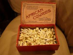 RARE ANTIQUE AFRICAN COWRIES CARD GAME COUNTERS FULLBOX