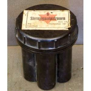 German WWII Flare Cartridge Pistol Canister: Red Star