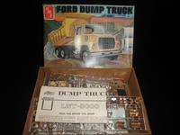 AMT FORD DUMP TRUCK LNT 800 1/25 Open box loose parts N/R