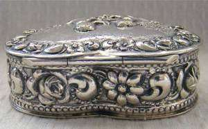 RARE ANTIQUE TRINKET/SNUFF/PILL BOX~SOLID STERLING SILVER REPOUSSE