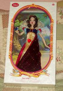 Disney Limited Edition Deluxe Snow White Doll   17NIB