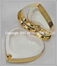 Ladies Mirrored Pill Box Trinket Box w/ Swarovski Crystals   Gold