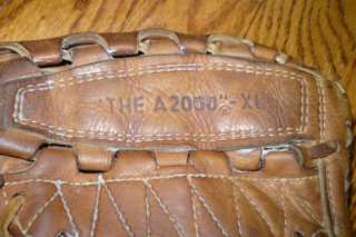 VINTAGE WILSON A2000 XL Leather BASEBALL GLOVE MITT 11