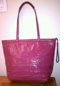 NWT COACH SIGNATURE STITCHED PATENT LEATHER TOTE F15142