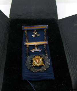 DEMOLAY Masonic   10k Solid Gold PMC Masons Medal Vintage Unengraved