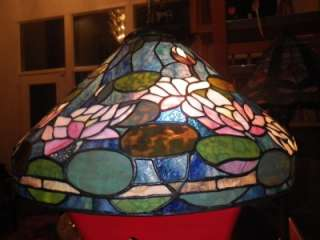 DALE TIFFANY HANGING STAINED GLASS LAMP BEAUTIFUL