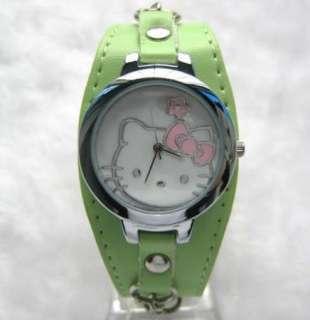 helloKitty Green shell face Quartz wrist watch  113G