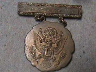 WW2 WW1 U.S. Army Military Pins Bring Backs German Money Dog Tags