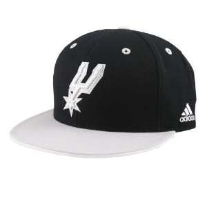 adidas San Antonio Spurs Black Crown Team Kolors Fitted Hat
