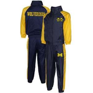 NCAA Michigan Wolverines Preschool Navy Blue Maize 2 Piece
