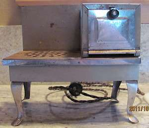 ANTIQUE METAL WARE CORP. ELECTRIC TOY STOVE 20S