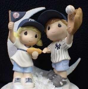 New York Yankees Baseball FANS Wedding Cake Topper FUN
